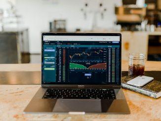 kryptomarkkinat osakemarkkinat